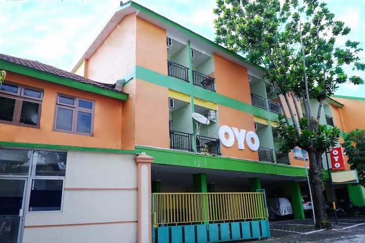 Standard Double Stay In Guest House Omah Manahan