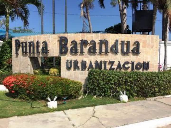 Casa playa privada Punta Barandua