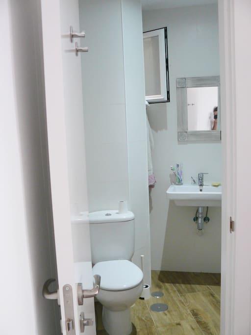 Baño / Bathroom