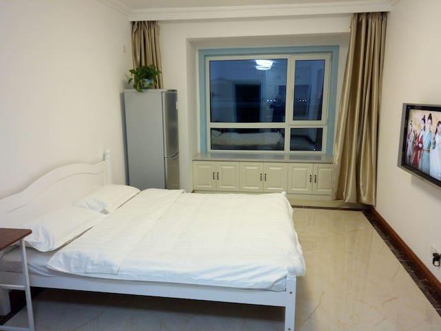 明哲公寓商务大床房
