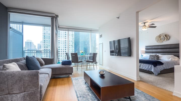 Self check-in to this stylish condo in River North