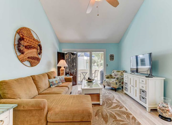 Sunny Seaside Condo at Quail Hollow, St. Augustine