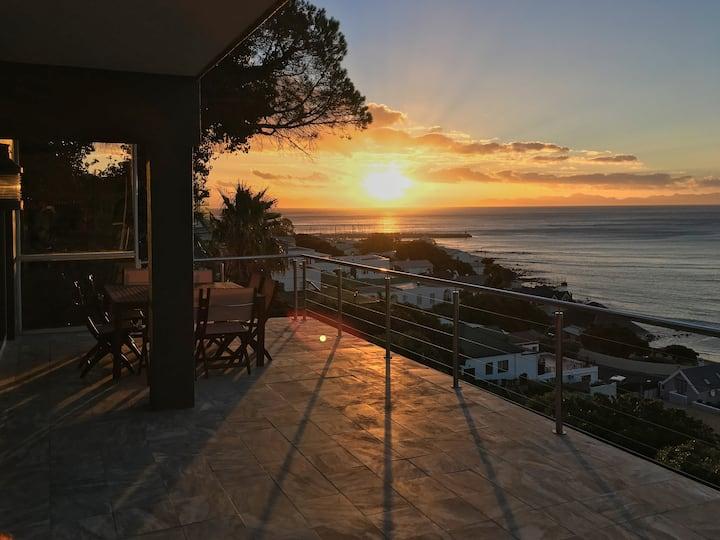 Beautiful Ocean View Apartment
