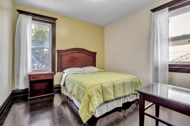bedroom 2 with a queen size bed