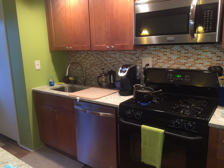 Kitchen is available for guests to use. Coffee served in the morning.