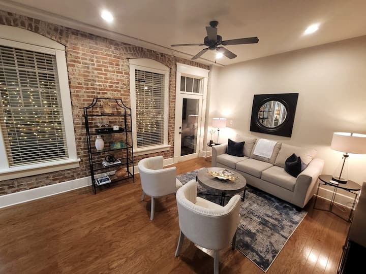 ❤️5 ✴️Stylish Walkable *Center Suite* Downtown 1BR