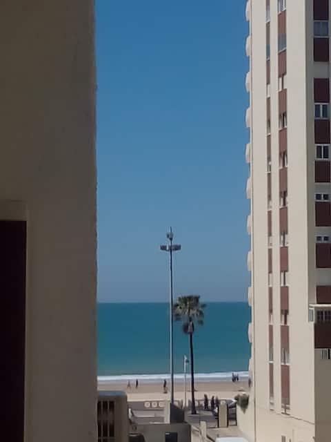 Habitación muy cerca de la playa.