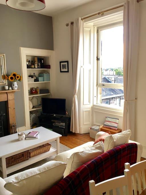 Large light lounge, with great views of Edinburgh
