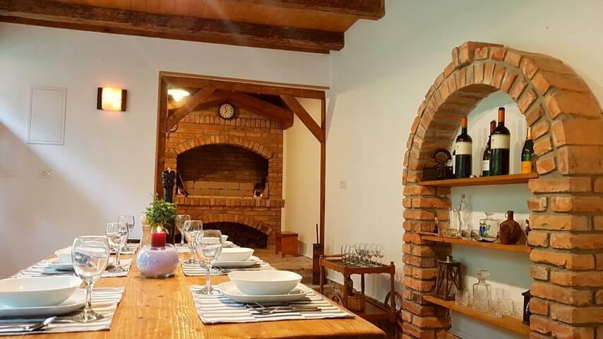Traditional cozy apartment near Plitvice lakes