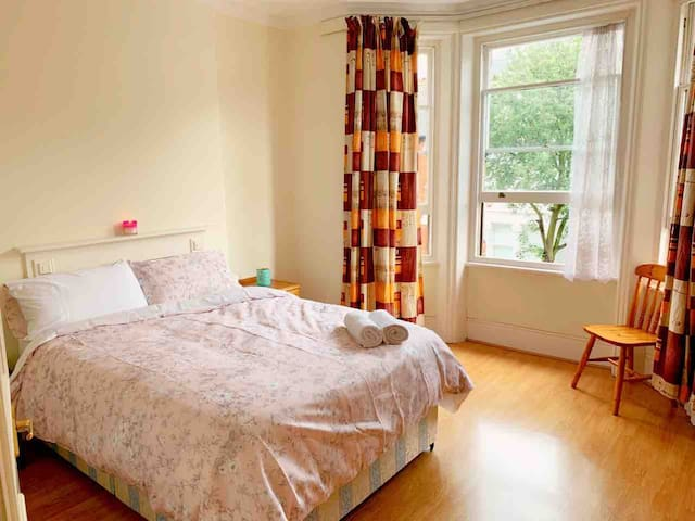 Perfect large and bright double room