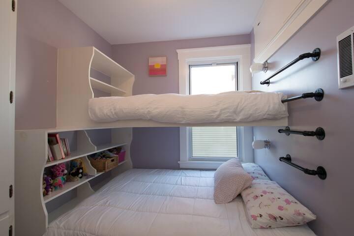 2nd bedroom, twin bunk with queen bed below