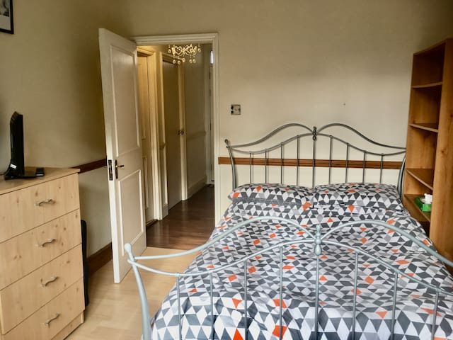 Double Room Zone 2, Manor House and Finsbury Park