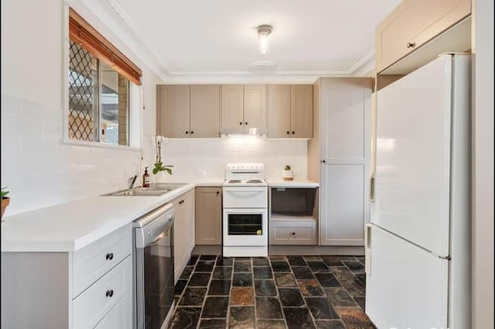 5 bedroom house in the heart of Gosford