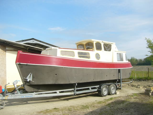 'Sailor V' - 26ft 4 berth 'mini-barge' in France - Avignon - Bateau
