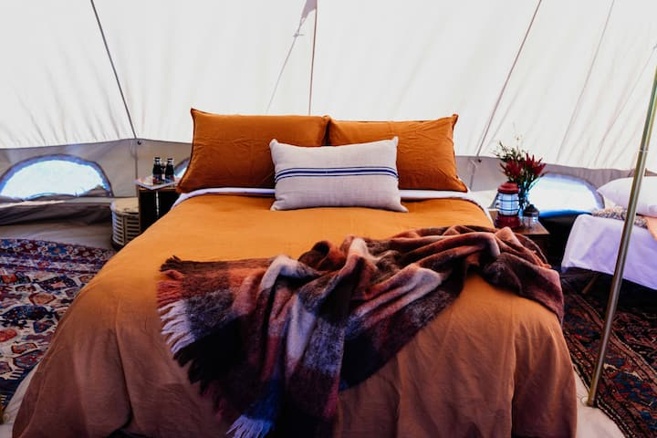 HuonValleyGlamping-Eclectic mix of rustic vintage