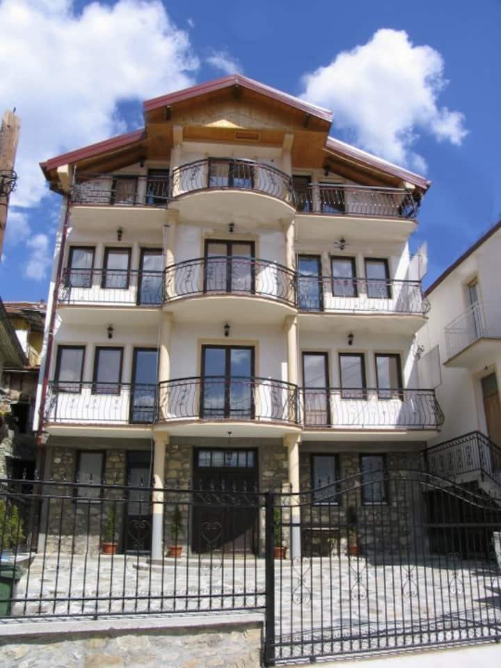 Villa LA KOLA - apartments