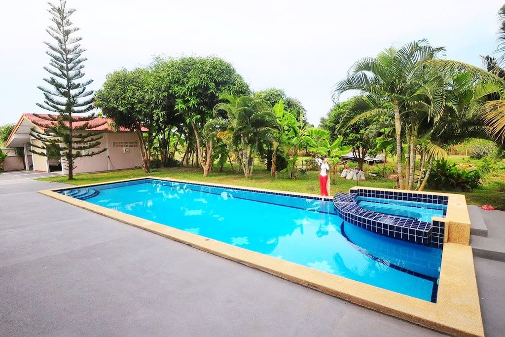 The pool for everyone to enjoy your days :D