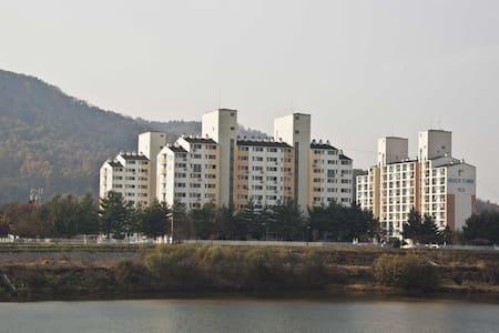 달천 쉼터리버타운 아파트 - Chungju-si