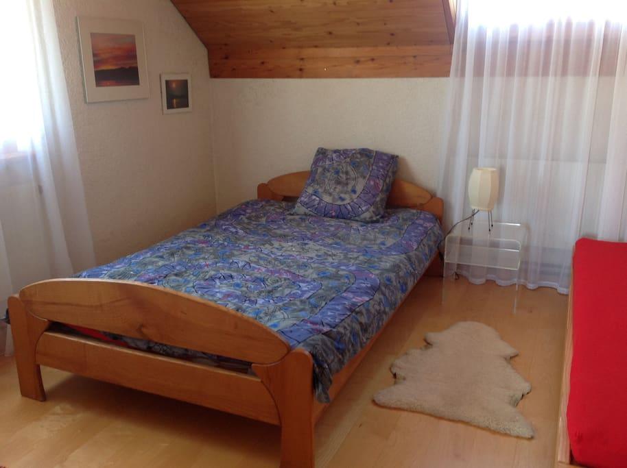 2 Betten, 120x200 cm