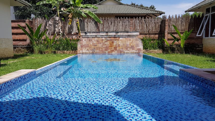 Lotus Villa 4 bedroom with private pool