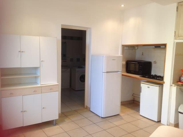 Appartement 40 m2 Meublé 2 ou 3 pers - Courthézon - Departamento