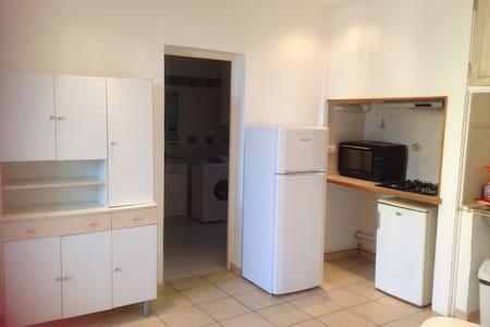 Appartement 40 m2 Meublé 2 ou 3 pers - Courthézon