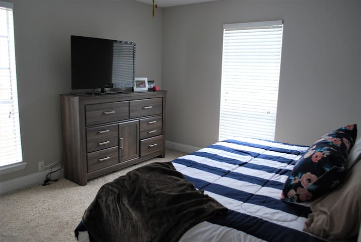 2 BR Apt in the heart of Grapevine