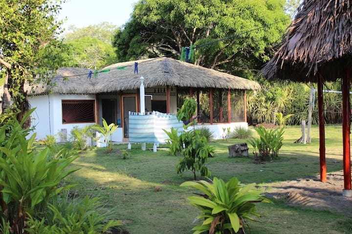 Charming Beachfront Casita - Zancudo
