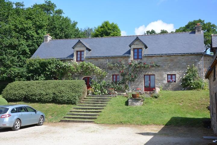 Beautifully renovated 18th century farmhouse