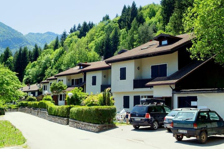 Moderna casa vacanze in Val Maria-pur con giardino