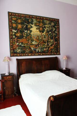 chambre lilas dans maison de maître