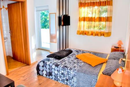 Orange room - Fažana