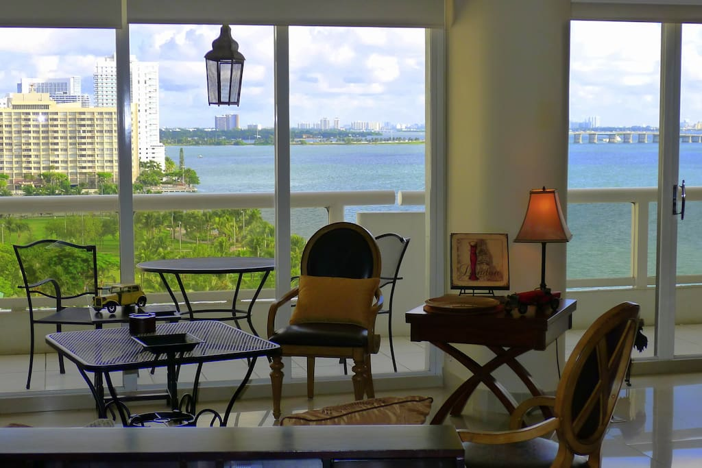 Miami Lovely BAY VIEW 2/2  , Margaret Pace Park and Biscayne Bay view.