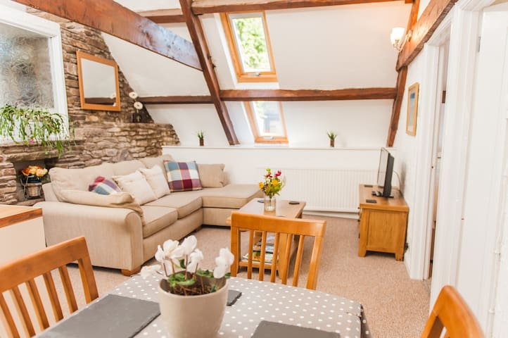 A comfy space in the heart of the Brecon Beacons