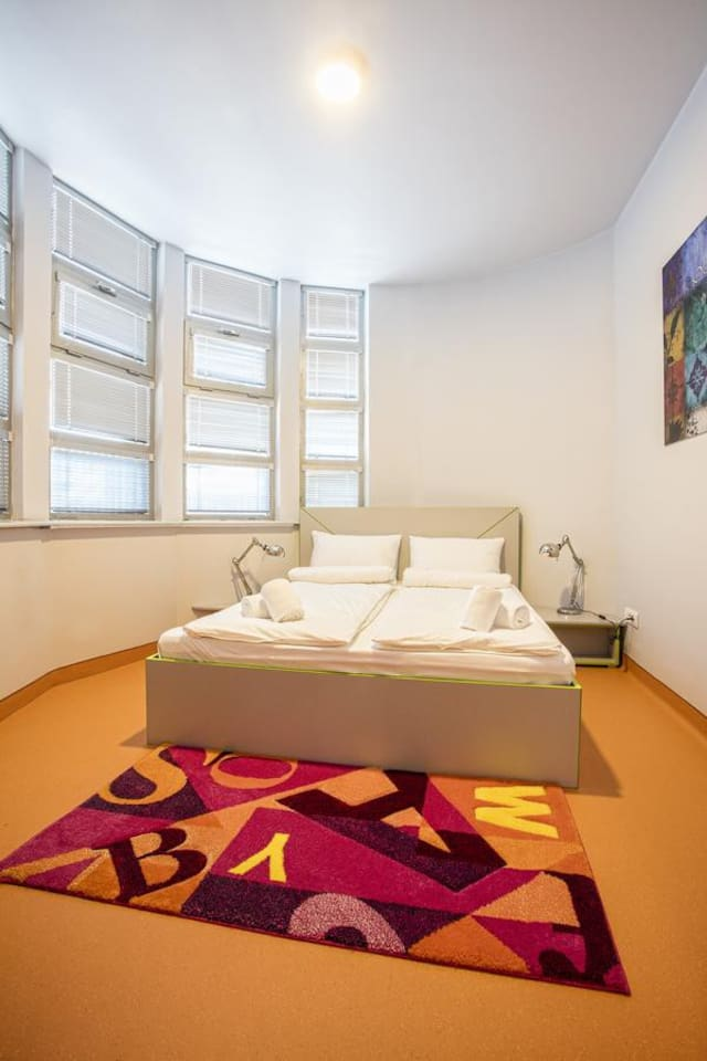 Astra Palace - Double Room with Shared Bathroom