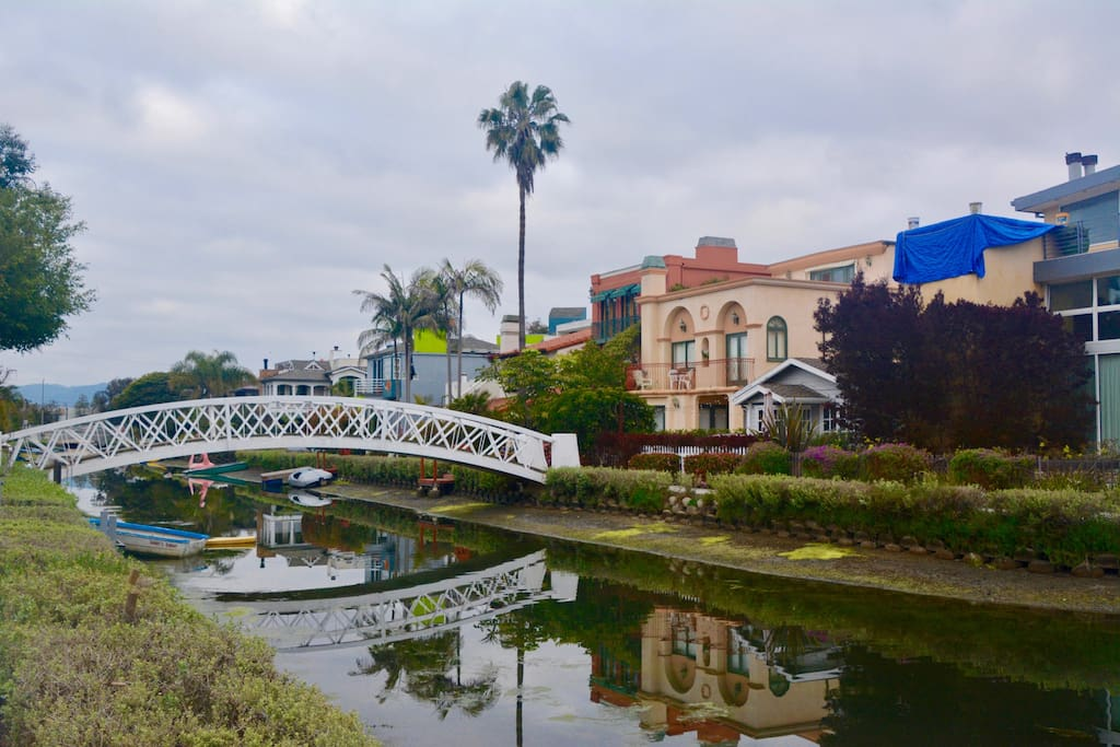 Venice Canals 4 Bedroom Home Facing Grand Canal Houses For Rent In Los Angeles California