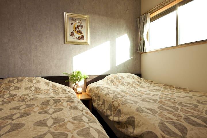 bedroom-2 寝室-2