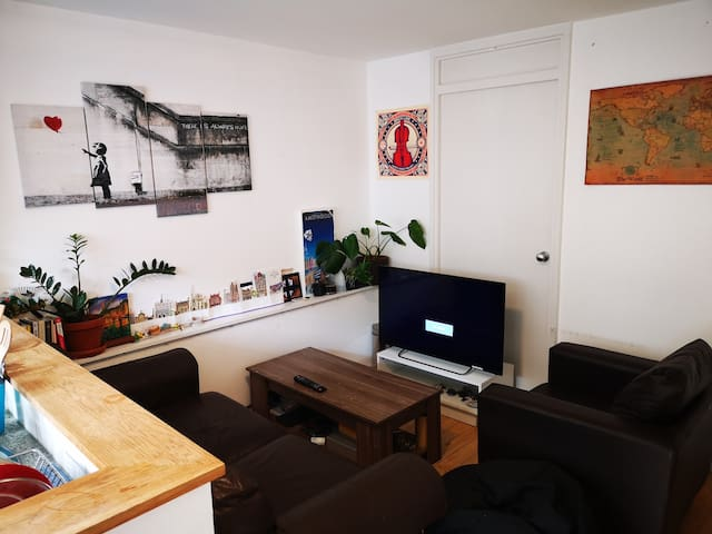 Private Double Bedroom in heart of Brick Lane