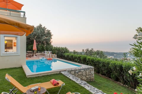 Alkistis villa peaceful, private pool, great view