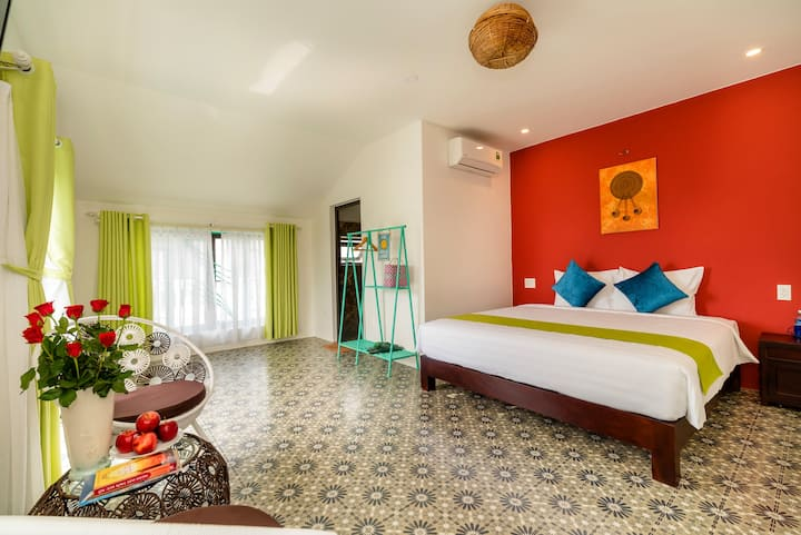 Deluxe double room pool view-perfect for honeymoon