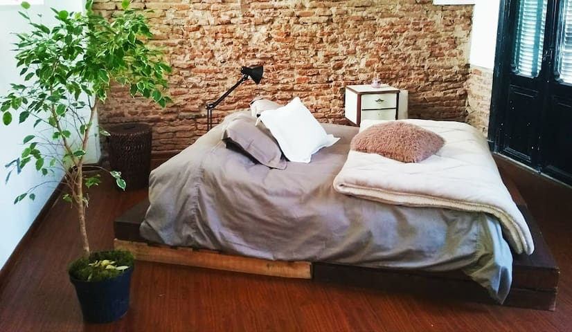 Beautiful Loft in the Old City of Montevideo!