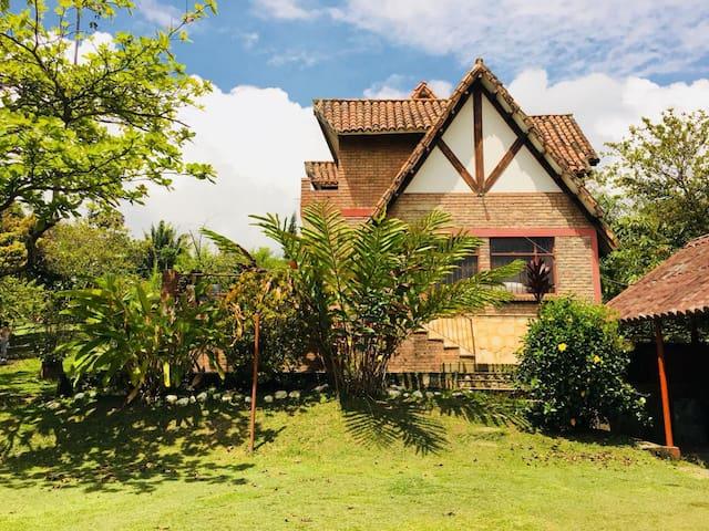 """Casa Campo """"La Felicidad"""", Silvania Cundinamarca,"""