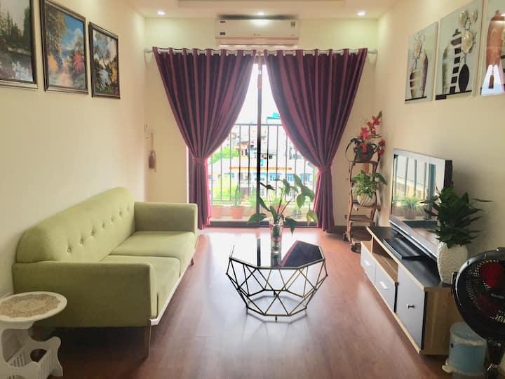 Ziczac@ Sunrise Deluxe Bay view apt - 2 bedrooms