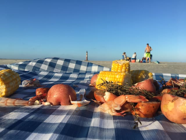 Things to Do & Guidebook for Folly Beach