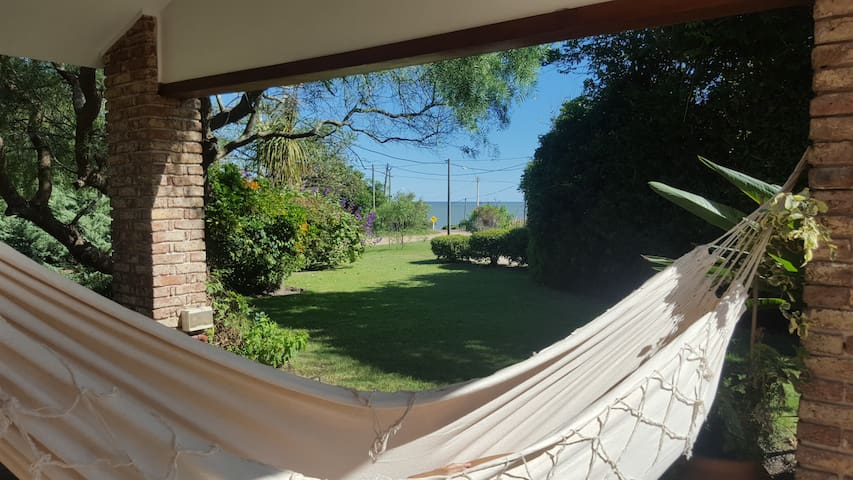 Casa a metros del mar. - Canelones - Holiday home