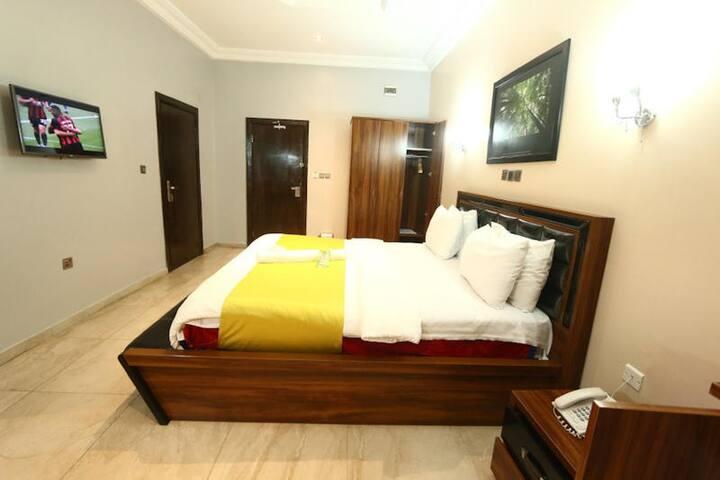 ST Hotel Apartment - Royal Suite