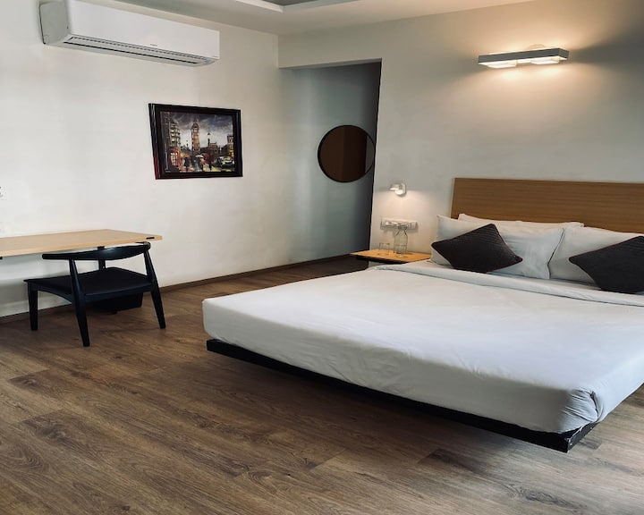 King Size Serviced Apartment #Gurugram