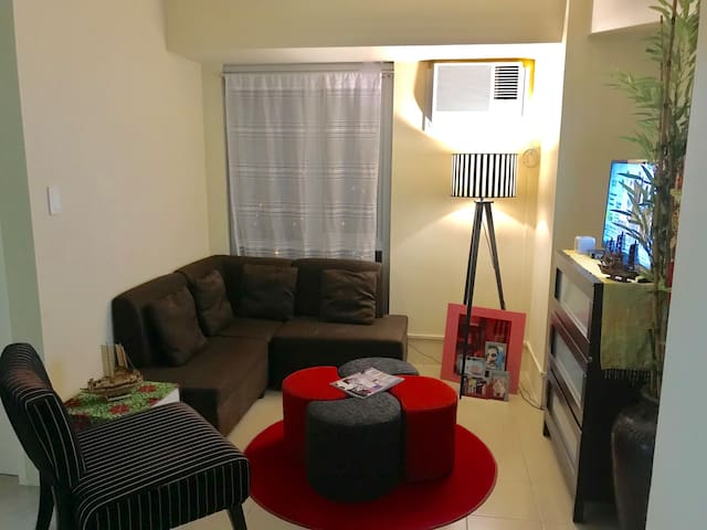 Makati Condo 1BR (Fully Furnished with WiFi)