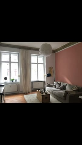 Cozy 2 room apartment located in bergmannkiez