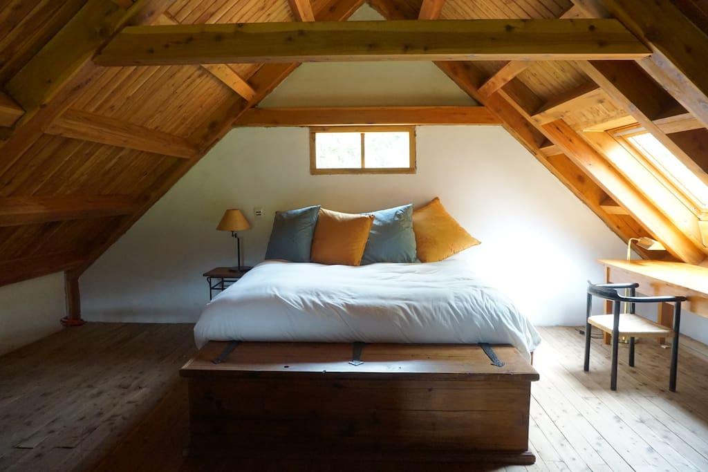 Patagonia ranch house set on 880 acres casas en alquiler for Planimetrie ranch con 2 master suite